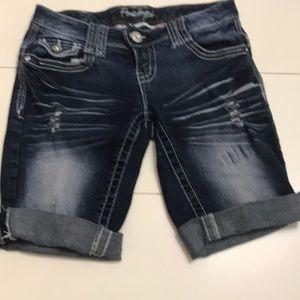 Amethyst junior jeans shorts 5 pockets size 1